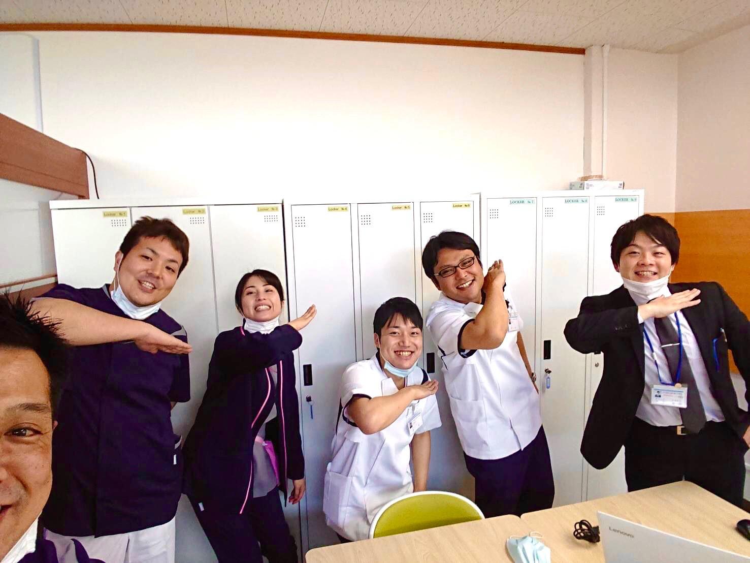 新卒・看護師たちは、今日も元気です!!